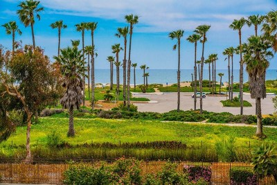 Ventura County Condo/Townhouse For Sale: 673 Reef Circle