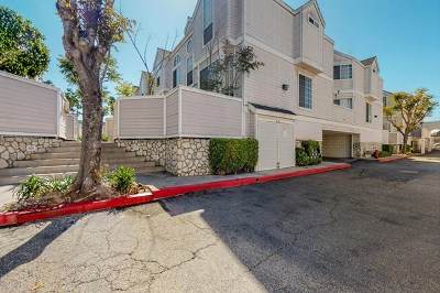 Long Beach Condo/Townhouse For Sale: 1771 68th Street #21
