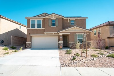 Palmdale Single Family Home For Sale: 2517 Candleberry Way
