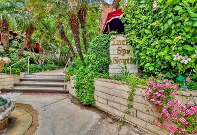 Condo/Townhouse For Sale: 5245 White Oak Avenue #6