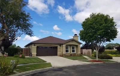 Santa Maria Single Family Home For Sale: 2205 Mon Chere Lane
