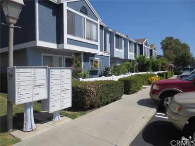Aliso Viejo Condo/Townhouse For Sale: 73 Dogwood Lane