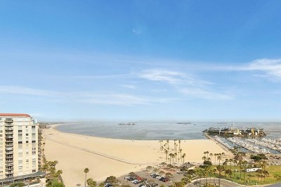 Long Beach Condo/Townhouse For Sale: 700 Ocean Boulevard #2205