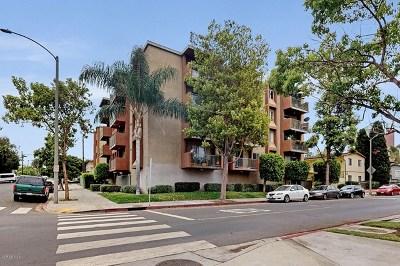 Long Beach Condo/Townhouse For Sale: 460 Golden Avenue #320