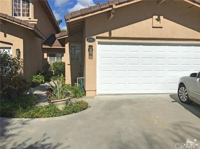 Thousand Oaks Condo/Townhouse For Sale: 2462 Lone Tree Court