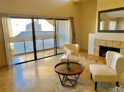 Palm Springs Condo/Townhouse For Sale: 450 Village