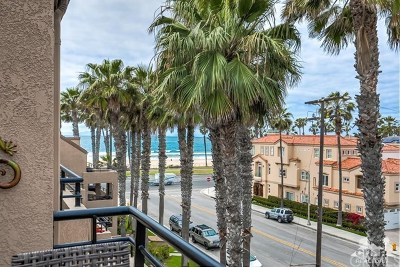 Huntington Beach Condo/Townhouse For Sale: 1200 Pacific Coast Highway #427