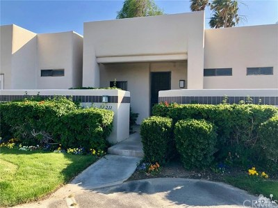 Cathedral City Condo/Townhouse For Sale: 67 Chimayo Drive
