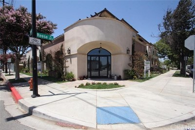 Burbank Condo/Townhouse For Sale: 201 N Reese Place #208