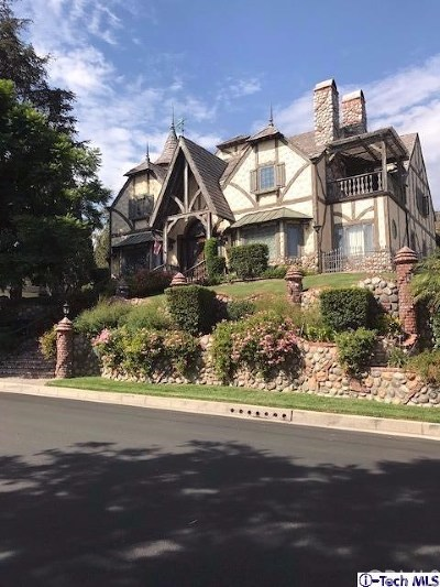 Burbank Single Family Home For Sale: 604 S Sunset Canyon Drive
