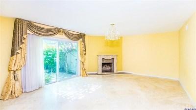 Woodland Hills Single Family Home For Sale: 23635 Tiara Street