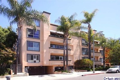 Encino Condo/Townhouse For Sale: 5224 Zelzah Ave Avenue #308