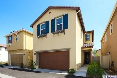 Van Nuys Single Family Home For Sale: 17334 Parque Vanowen Way