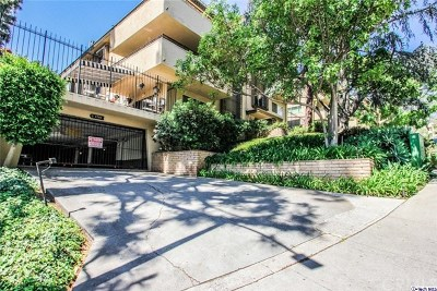 Hollywood Hills Condo/Townhouse For Sale: 6700 Hillpark Drive #403