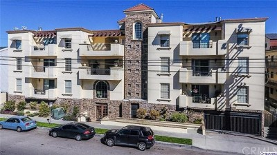 Studio City Condo/Townhouse For Sale: 12407 Moorpark Street #201