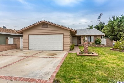 Lakewood Single Family Home For Sale: 6602 Bigelow Street