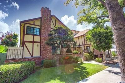Glendale Condo/Townhouse For Sale: 1162 Winchester Avenue #I