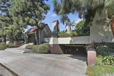 Burbank Condo/Townhouse For Sale: 1809 Peyton Avenue #113