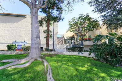 Glendale Condo/Townhouse For Sale: 1734 N Verdugo Road #3