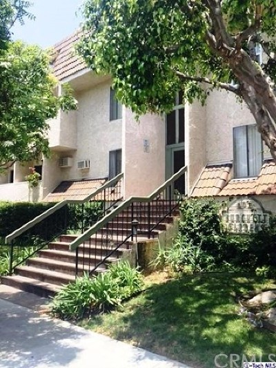 Glendale Condo/Townhouse For Sale: 409 Burchett Street #315