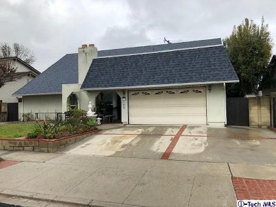 Simi Valley Single Family Home For Sale: 2272 Elmdale Avenue