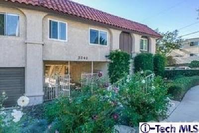 La Crescenta Condo/Townhouse For Sale: 3242 Fairesta Street