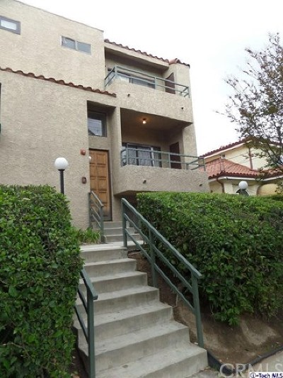 Glendale Condo/Townhouse For Sale: 1125 E Maple Street #1