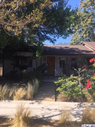 Glendale Single Family Home For Sale: 2944 Montrose Avenue