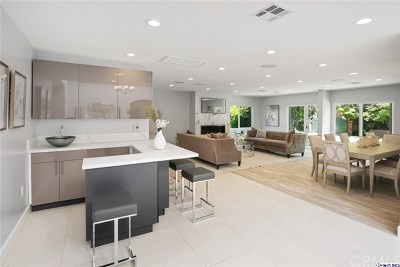 Brentwood, Calabasas, West Hills, Woodland Hills Single Family Home For Sale: 23202 Oxnard Street