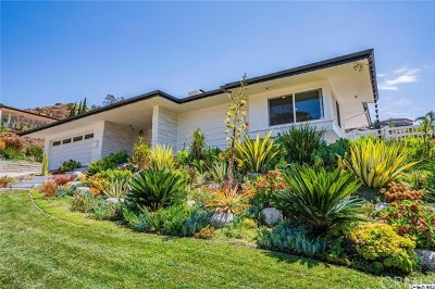 Glendale Single Family Home For Sale: 633 Robin Glen Drive