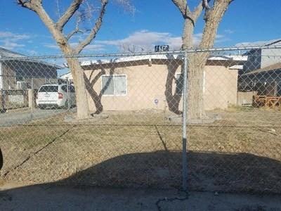 Rosamond Single Family Home For Sale: 2554 Desert Street