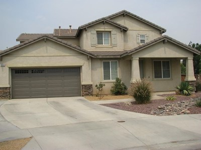 Hesperia Single Family Home Active Under Contract: 8468 Fillmore Court