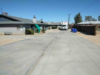 Apple Valley Multi Family Home For Sale: 12511 Kiowa Road