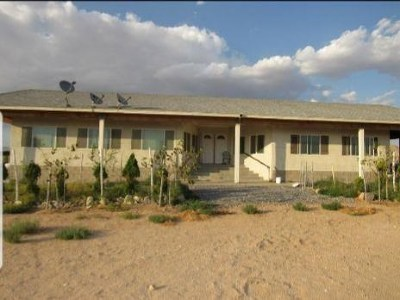 Lucerne Valley Single Family Home For Sale: 36990 Cambria Street