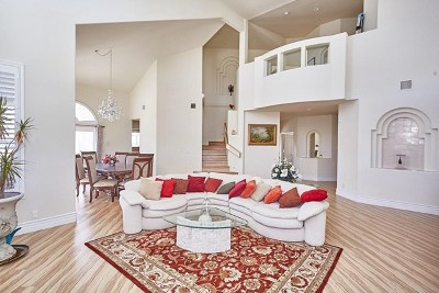 Apple Valley Single Family Home For Sale: 17953 Southridge Way