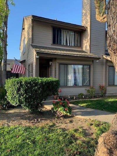 Lompoc Single Family Home For Sale: 1009 W Walnut Avenue #36