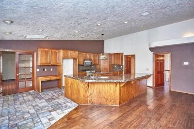 Apple Valley Single Family Home For Sale: 20419 Eyota Lane