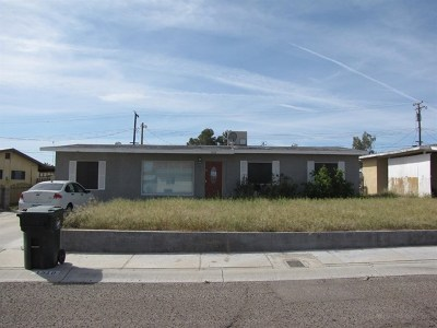 Needles Single Family Home For Auction: 1910 Luna Vista Street