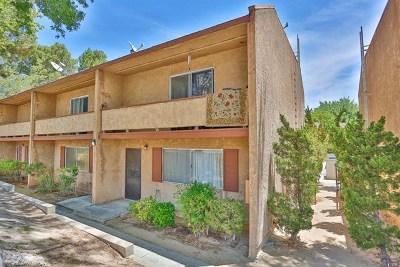 Victorville Condo/Townhouse For Sale: 14299 La Paz Drive #47