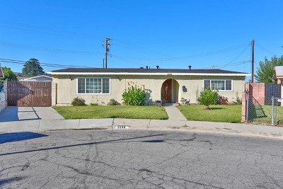 Pomona Single Family Home For Sale: 2240 Canterbury Avenue