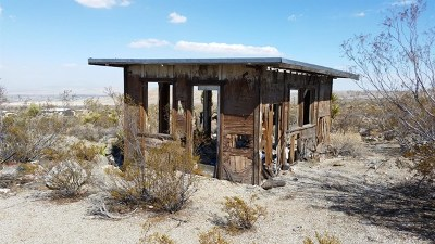 Lucerne Valley Single Family Home For Sale: 1 Powerline Road