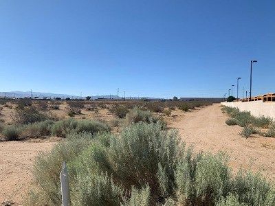 Victorville Residential Lots & Land For Sale: Huerta Road