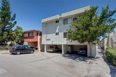 Glendale Multi Family Home For Sale: 1052 Elm Avenue