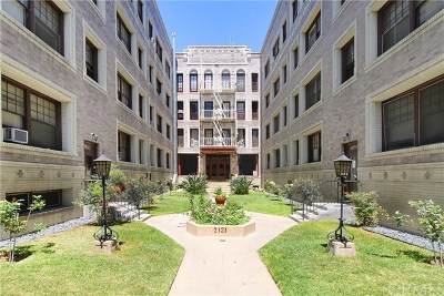Los Angeles Condo/Townhouse For Sale: 2121 James M Wood Boulevard #406