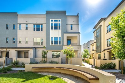 Irvine Condo/Townhouse For Sale: 166 Fixie