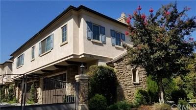 Arcadia Condo/Townhouse For Sale: 845 W Huntington Drive #B