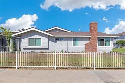 Huntington Beach Multi Family Home For Sale: 17071 Oak Lane