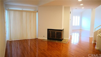 Diamond Bar Condo/Townhouse For Sale: 2920 Malaga Circle #D