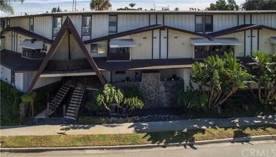 Inglewood Condo/Townhouse For Sale: 7000 S La Cienega Boulevard #15