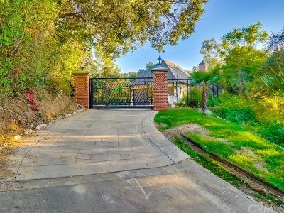 Bradbury Single Family Home Active Under Contract: 39 Woodlyn Lane